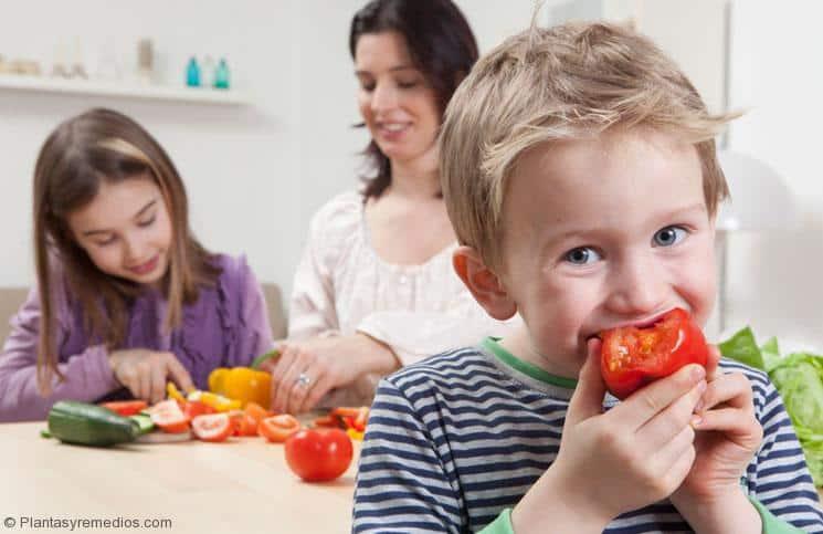 Beneficios del tomate , salud , belleza
