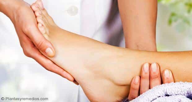 Consejos para reducir la hinchazón de los pies en diabeticos